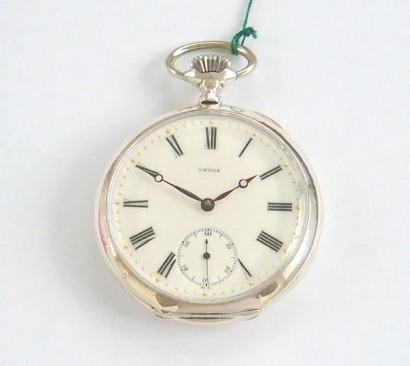 07451591c4e VENDIDO----------Antigo Omega em Prata Medalhado